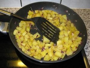 ...Bratkartoffeln umhergeschaufelt...