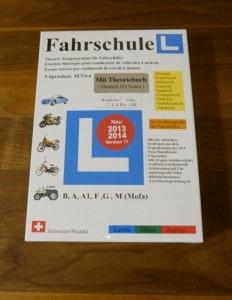 ... die CD mit den Fahrausweis-Theoriefragen eingelegt...