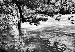 Schwarzweiss Hochwasser 300x207