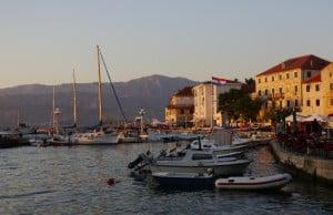 Hafen Postira 6 300x194